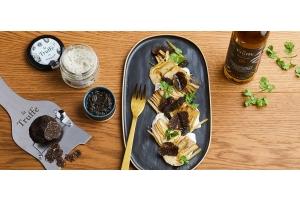 Carpaccio d'artichauts, stracciatella et truffe noire