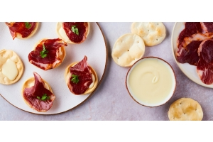 Pata Negra & Cheese canape by Simon Martin