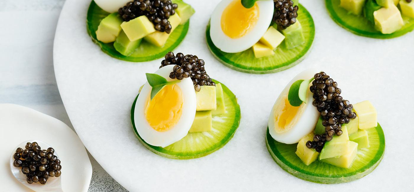 Bouchées Baïka®, œufs de caille et concombre