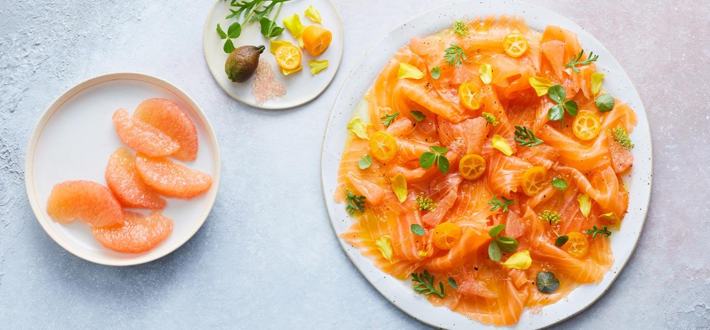 Carpaccio de saumon fumé, marinade aux agrumes