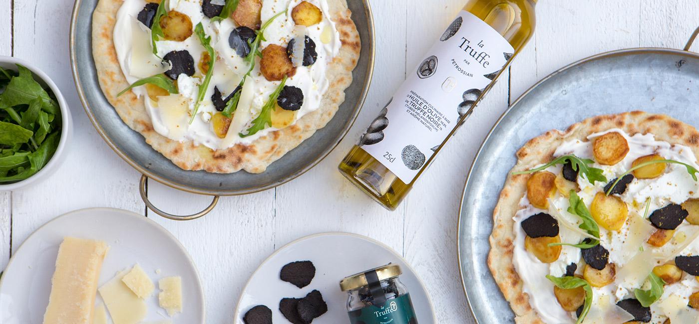 Pizza blanche à la truffe noire